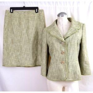 Ann Taylor Size 8 10 Green Skirt Suit